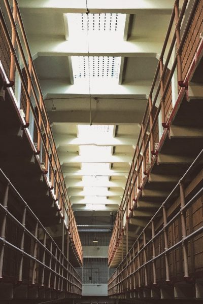 horizontal prison cells